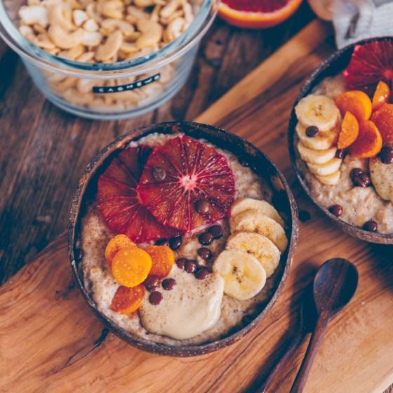 Cremiger Porridge mit Cashewmilch