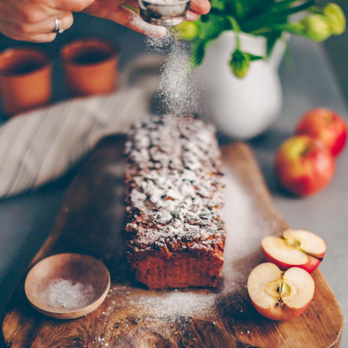 Veganer Apfelkuchen mit Streuseln