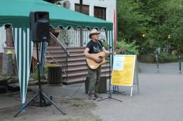 Guy Dawson bei seiner Darbietung zur Macht des irischen Liedes