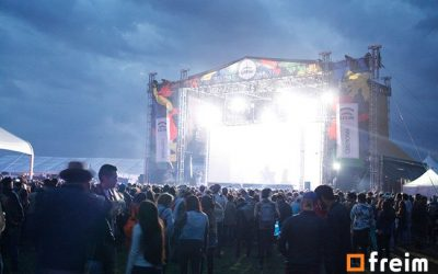 festival-ceremonia-2014-flying-escenario