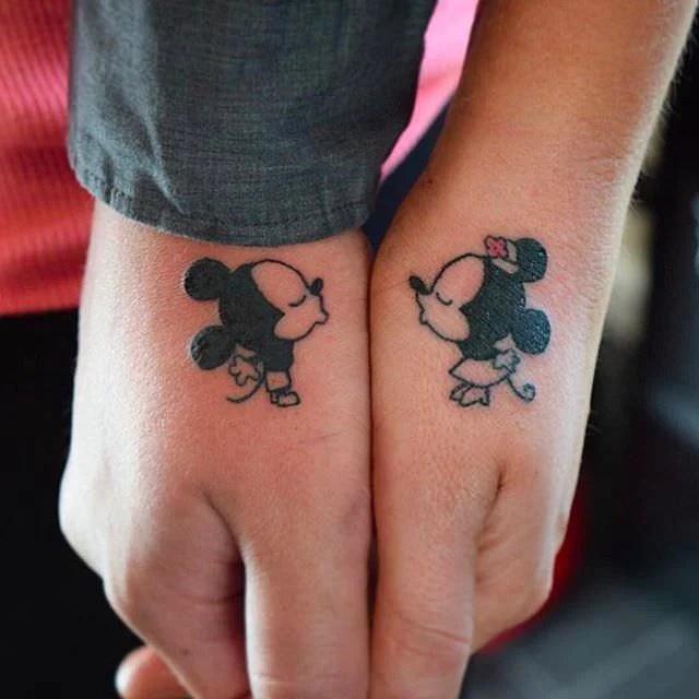 Tatuajes Para Parejas Pequenos Discretos Pero Con Gran Significado