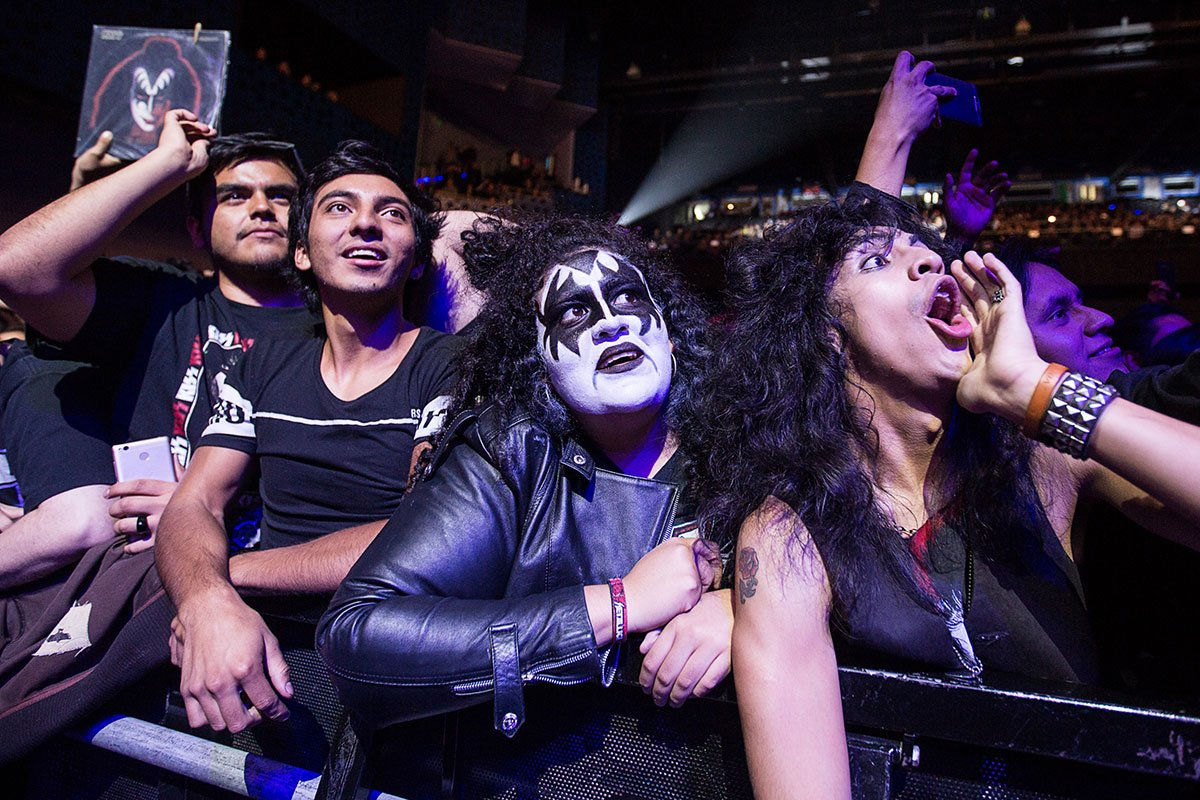 gene simmons en pepsi center