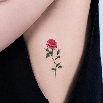 Tatuajes De Rosas Significado Según Sus Colores Y Ejemplos