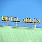 Freimaurer Führung: Hotel Adlon, Andre Zabbai, CC-BY-SA 4.0 über Wikimedia Commons