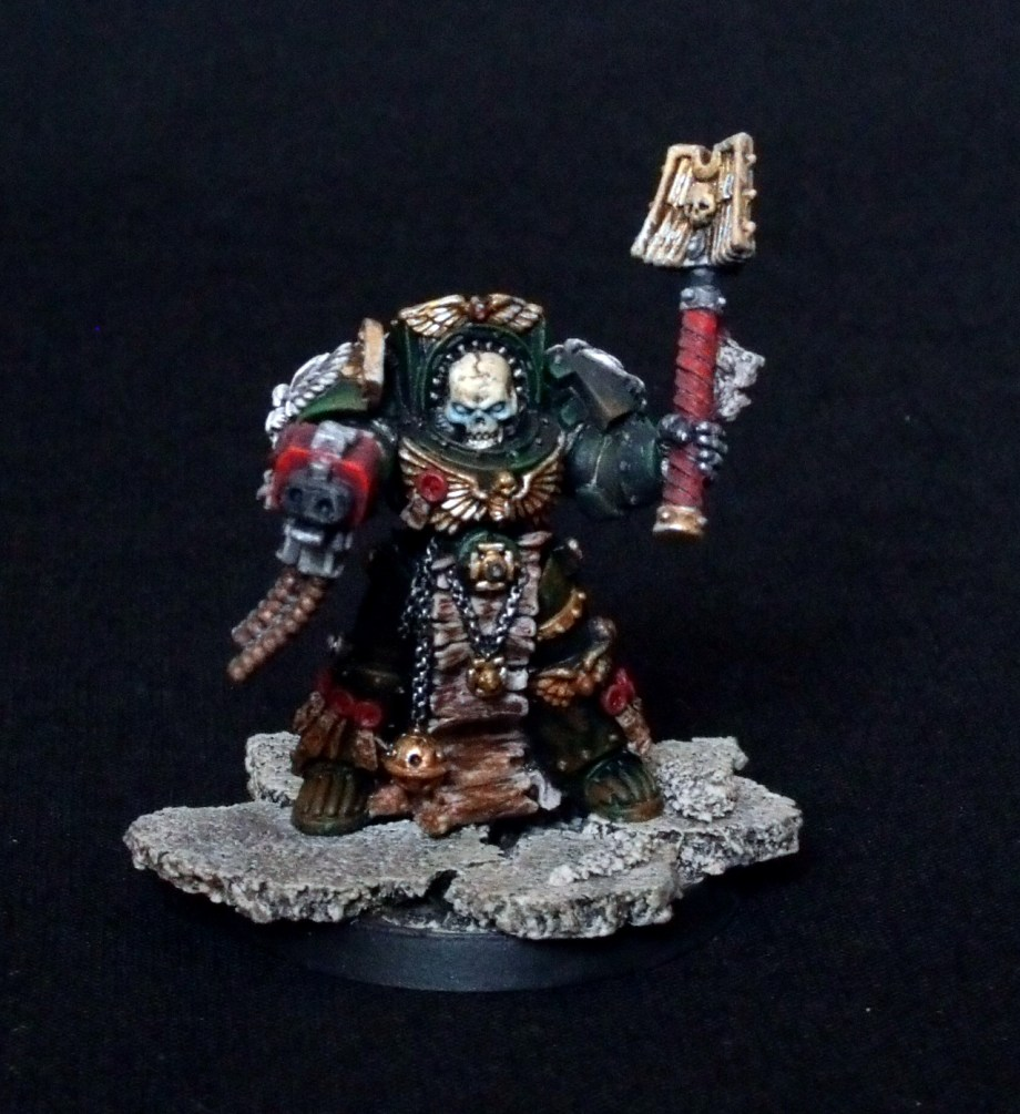 Absoutionspriester, Dark Angels, Interrogator Chaplain