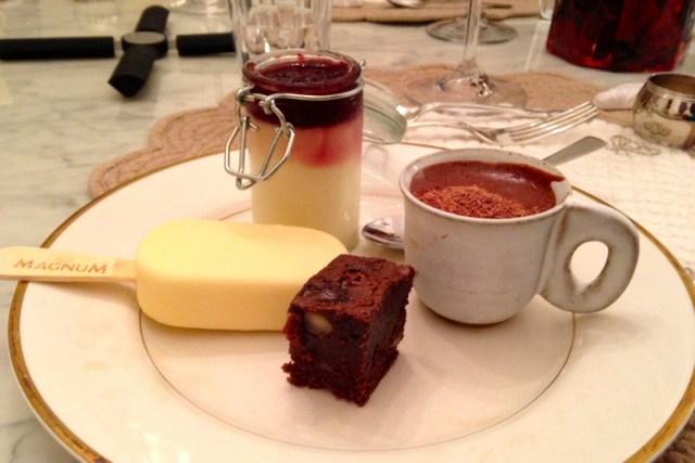Testando receitas em casa: panna cotta, mousse, brownie e magnum