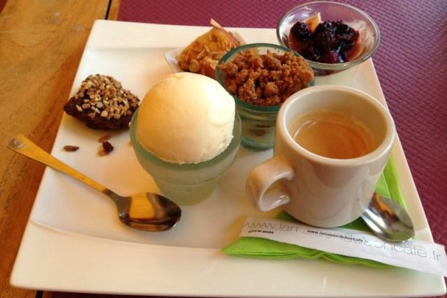 Nosso primeiro café gourmand: Saintes-Maries-de-la-mer