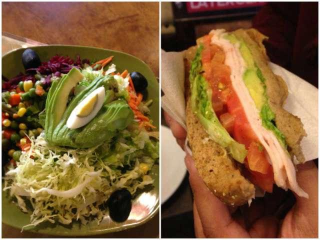 salada e sanduíche com abacate