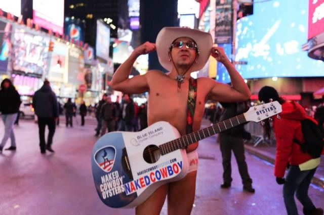 NYC_TimesSquare_nakedcowboy
