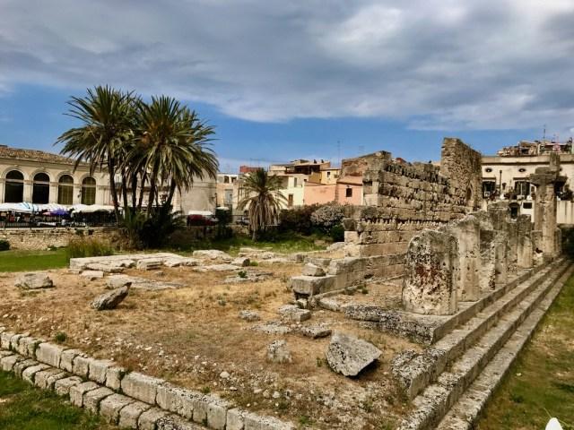 Isola_Ortiglia_Templo_de_Apolo