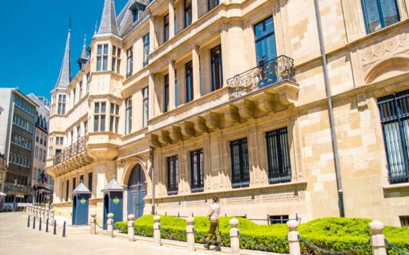 Eingang Museum Großherzoglicher Palast