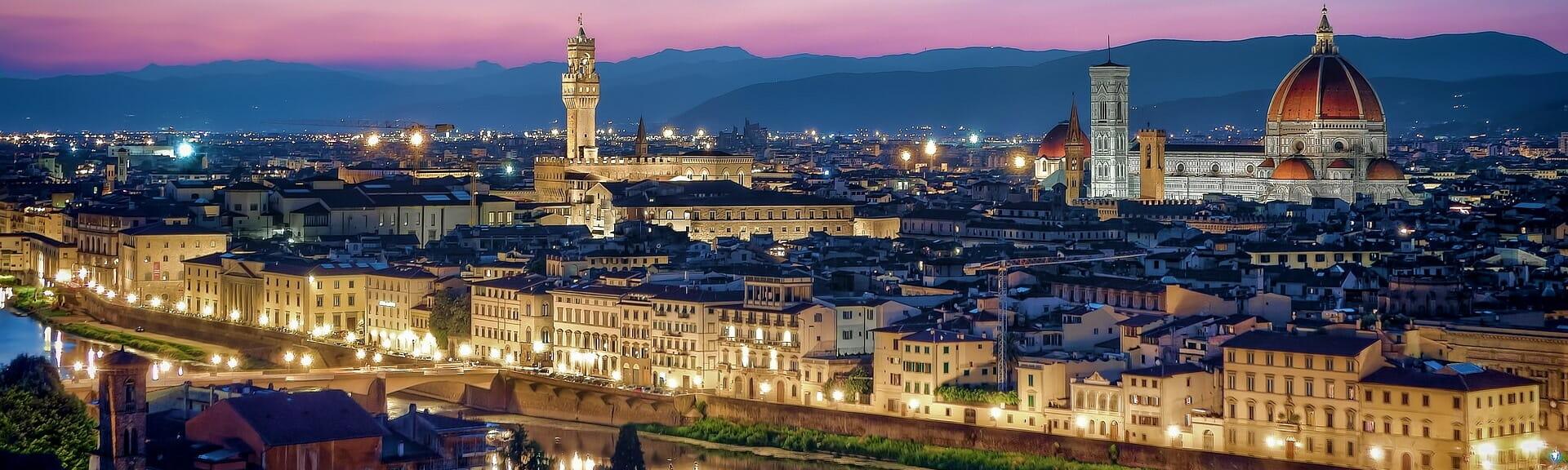Klassenfahrt Toskana Florenz bei Nacht