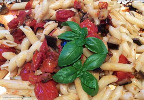 🌱 Oven Baked Aubergine, Tomato & Garlic Salsa