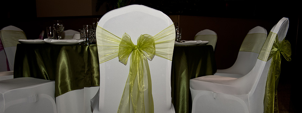 chair cover hire and fitting comfortable rocking for nursing west midlands table decorations weddings 3