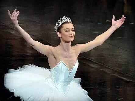 フランスのバレエ学校:最終学年の試験最新バリエーション情報