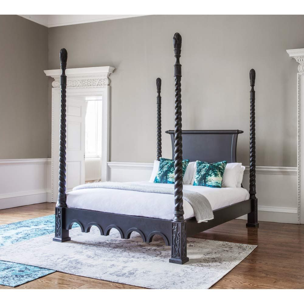 https www frenchbedroomcompany co uk sassy boo boudoir majestic four poster black bed