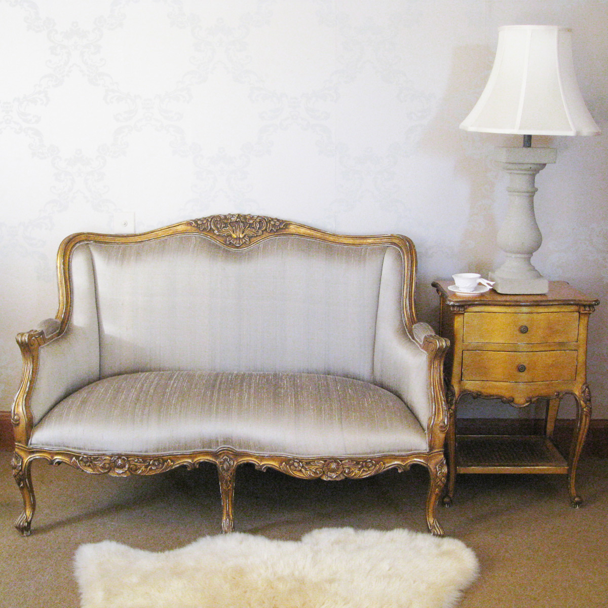 loveseat sofa for bedroom upholstery cleaning versailles gold with silk french