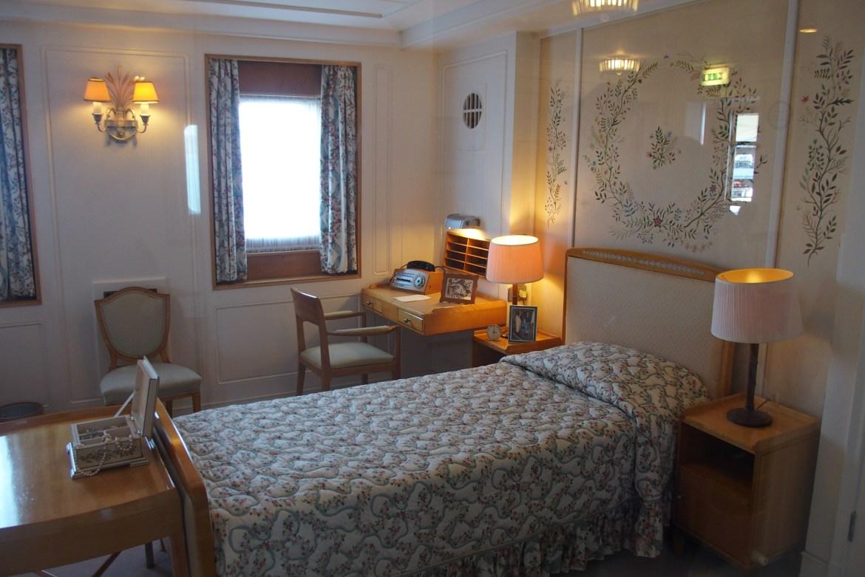 La chambre de la Reine (j'avais la même taille de lit en cité U)