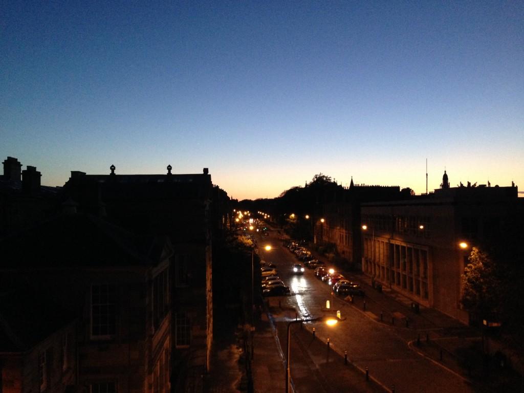 Premier coucher de soleil depuis de ma nouvelle chambre...