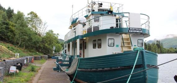Le Loch Ness autrement : une nuit sur le bateau d'Alex