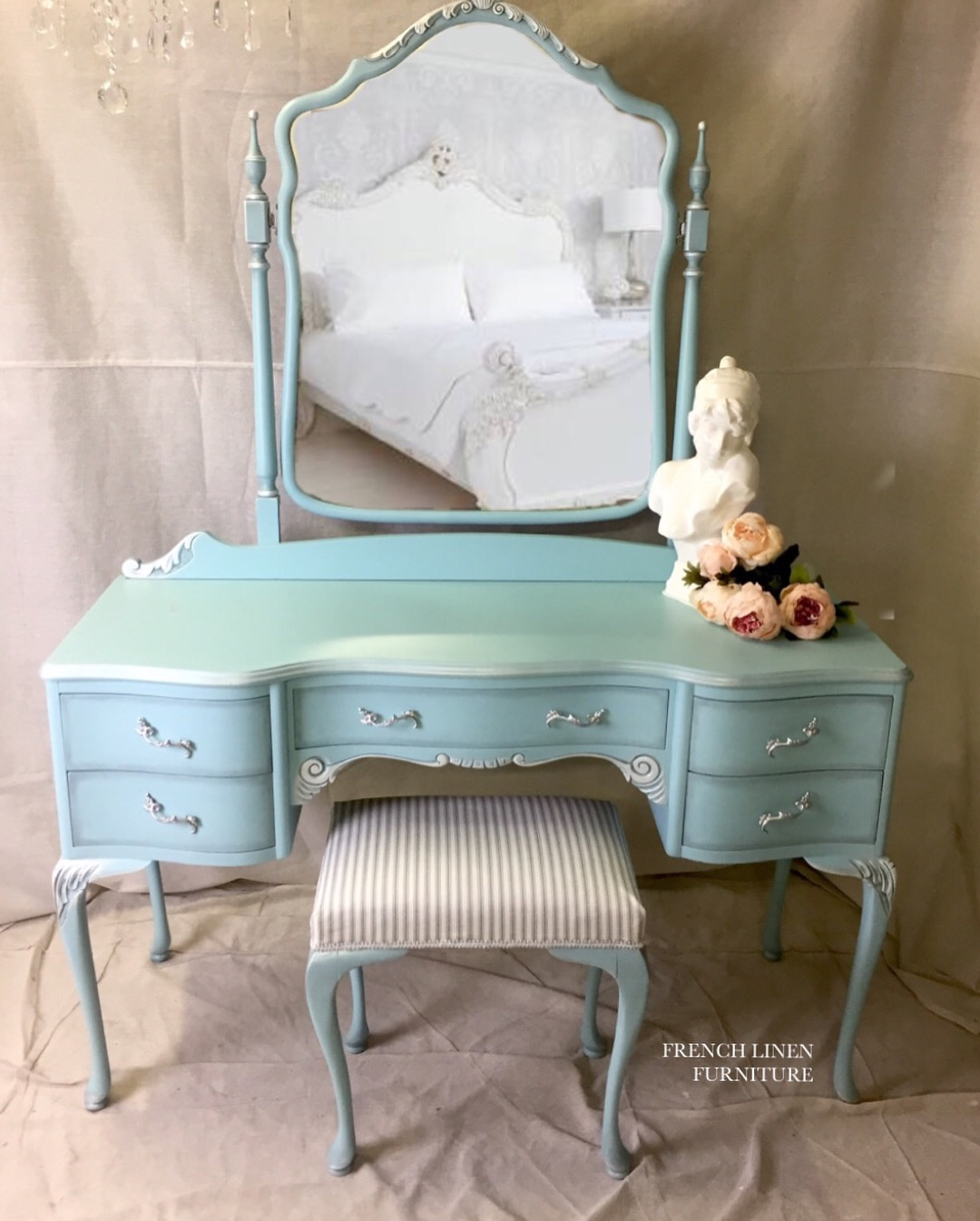 Merveilleux Furniture. This Gorgeous Tiffany Dressing Table Is Now Complete And Ready  To Go To Its New Home. . Antique Circa 1910 Oak Dressing Table Refinished  In ...