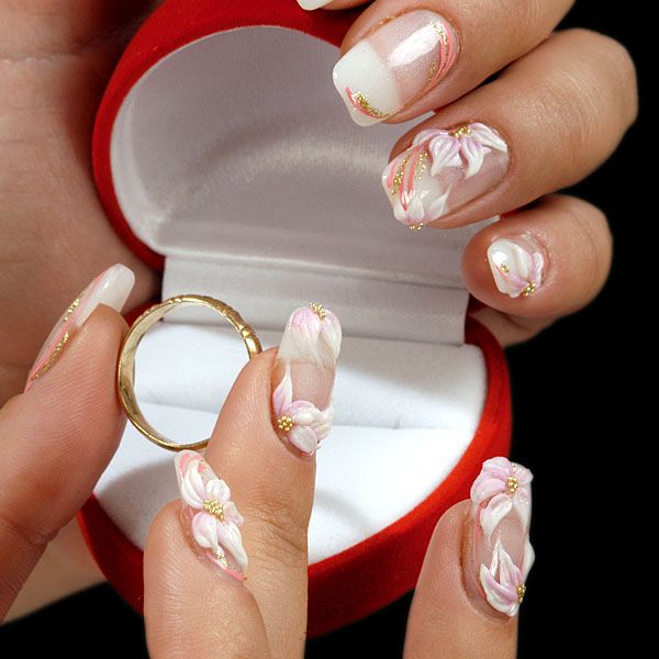 French Manicures With 3d Nail Art And Gold Accents Frenchmanicurenailart