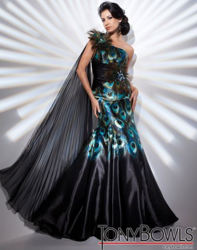 Tony Bowls Evenings Dress with Peacock Feathers TBE21127