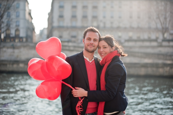 https://i0.wp.com/www.frenchweddingstyle.com/wp-content/uploads/2012/02/ValentinesDayParis34.jpg