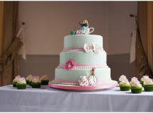 Magical Alice in Wonderland themed wedding