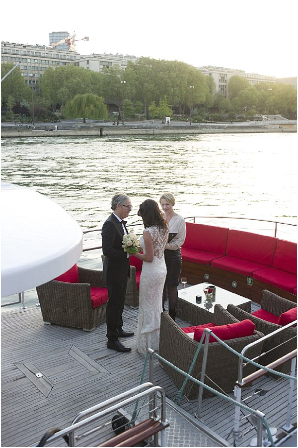 getting married on river paris