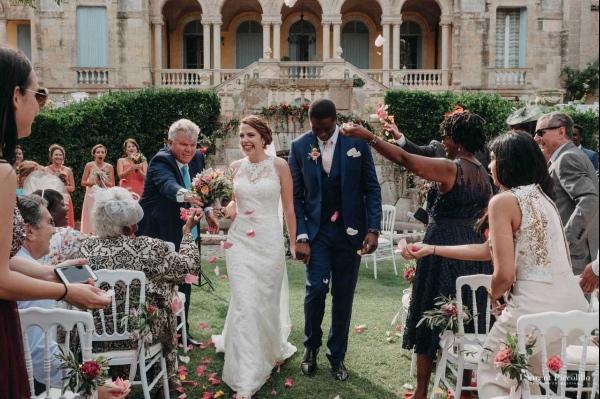 moment de confettis mariage français
