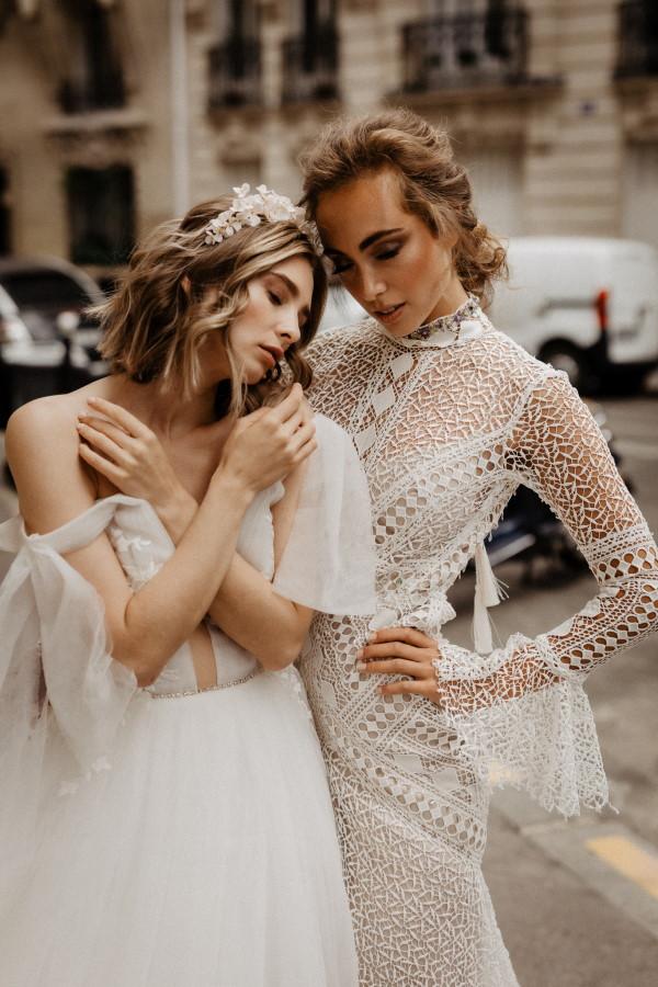 Deux mariées à Paris