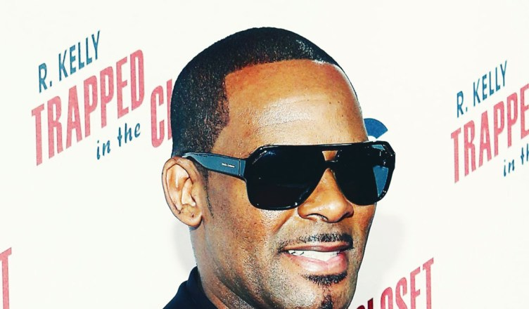 R. Kelly's New Victims Reportedly Turned Over Tons of Evidence
