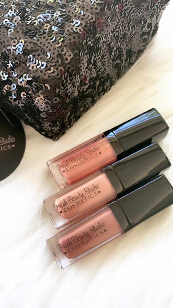 Holiday Glam Mini Makeup Kits are Here! Limited Editions