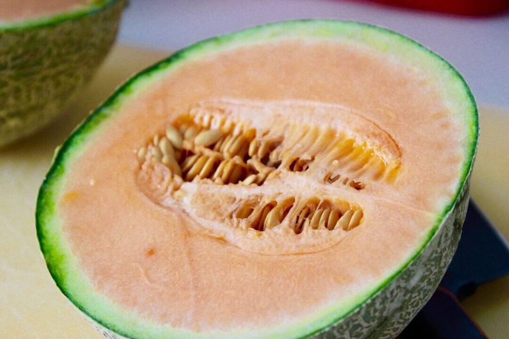 frischer-fruchtiger-melonensalat-rezept