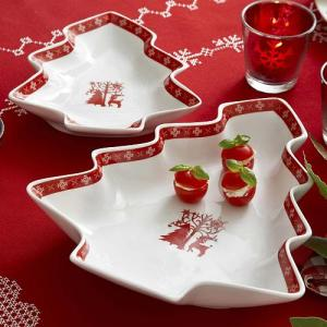 Tree-shaped Christmas dishes