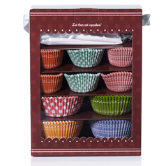 Make your own cupcakes with this cupcake kit