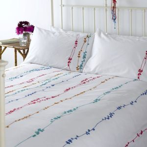 Crisp and colorful duvet