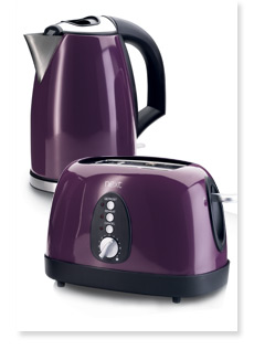 Purple haze: Gorgeous plum kitchen electrical appliances