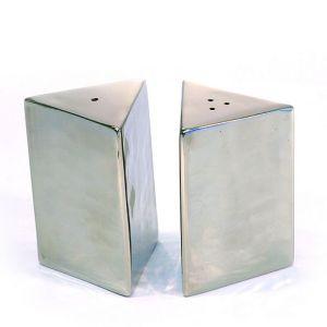 Triangle shaped cruet set table accessories