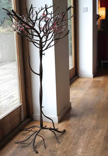 Iron Christmas tree for a modern home