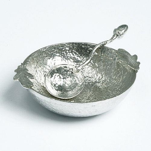 Oak leaf Devon pewter bowl by Glover and Smith
