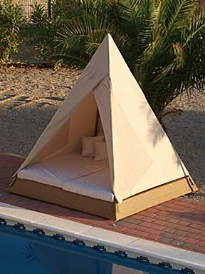 Fresh design finds: Three dream day beds