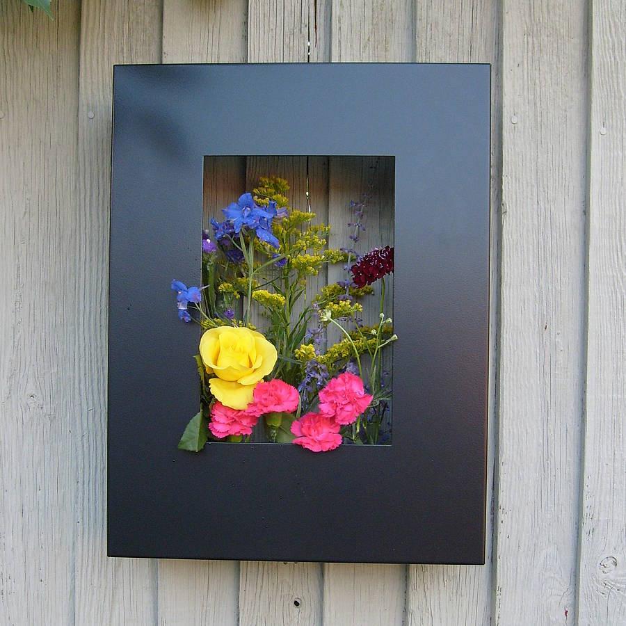 Contemporary Garden Living Art Garden Planter Frame
