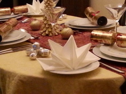 How to style your table for Christmas