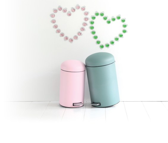 Retro pastel bins by Brabantia