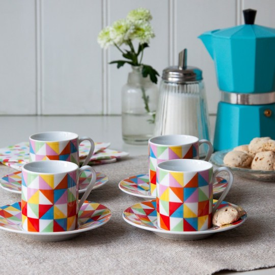 Geometric cups and saucers