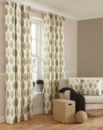 Using curtains to retain heat and cosy up your home