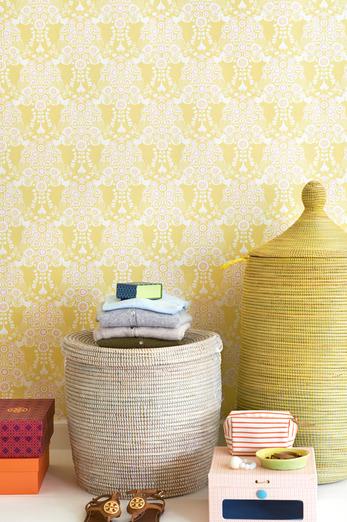 Lovely yellow Estelle design Swedish wallpaper from Majvillan