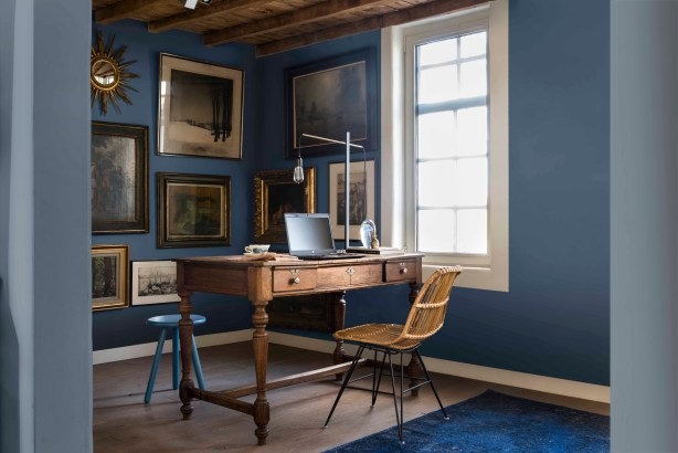 Gorgeous study painted with Indigo Shade, Denim Drift and Clock Face blue paints by Dulux